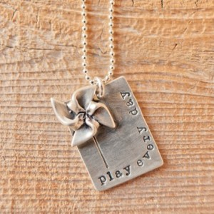 Play Everyday necklace